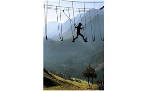 توصیه هایی برای رفع ترس کودک از ارتفاع